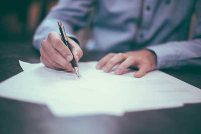 I am in a business with others, should we sign a shareholders' agreement?
