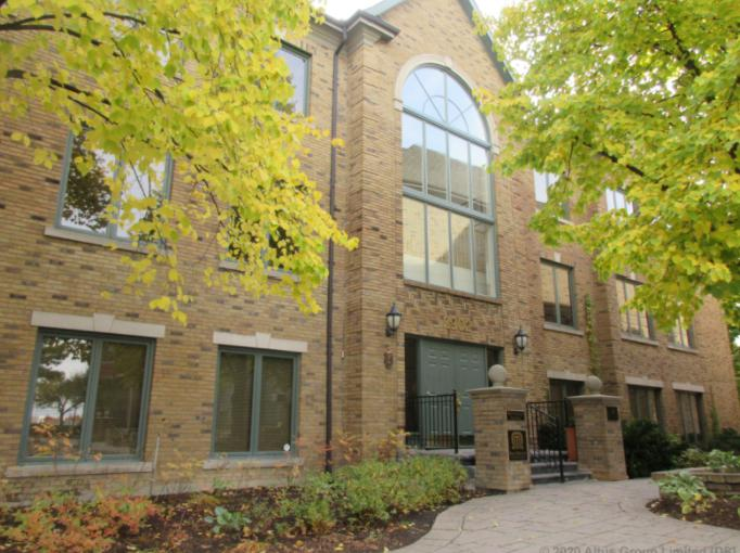 Commercial transaction Oakville Commercial Real Estate 2902-2904 South Sheridan Way